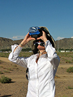 Binoculars with solar filters